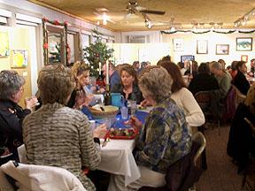 ladies_enjoying_dinner
