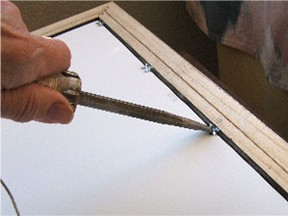 example_push_points_with_screwdriver