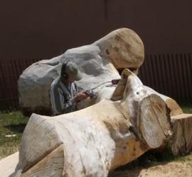 Dale Gillan sanding log-web