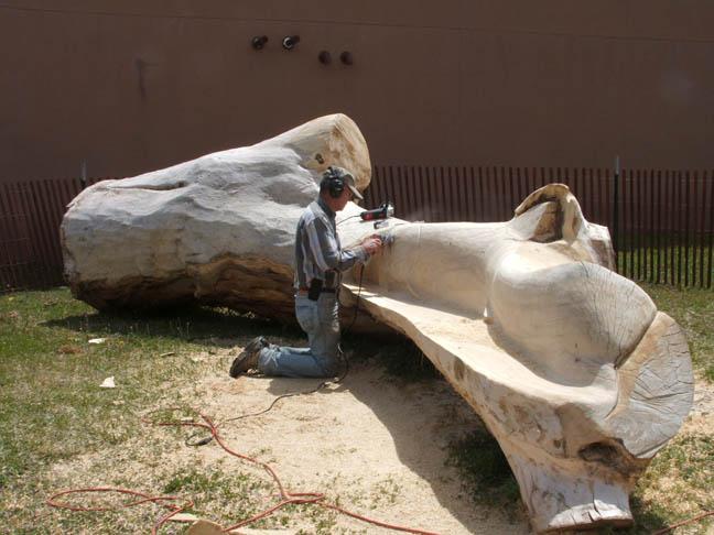 Dale Gillan sanding log2-web