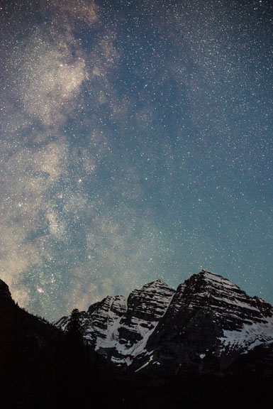 milky-way-over-maroon-bells-chris-may