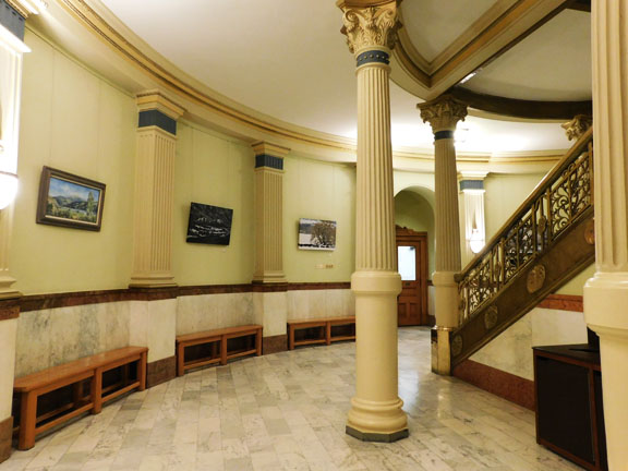 basement rotunda-public viewing6